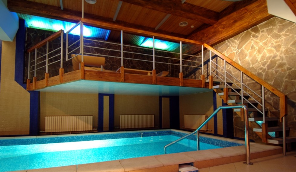 Piscina-indoor-soppalco