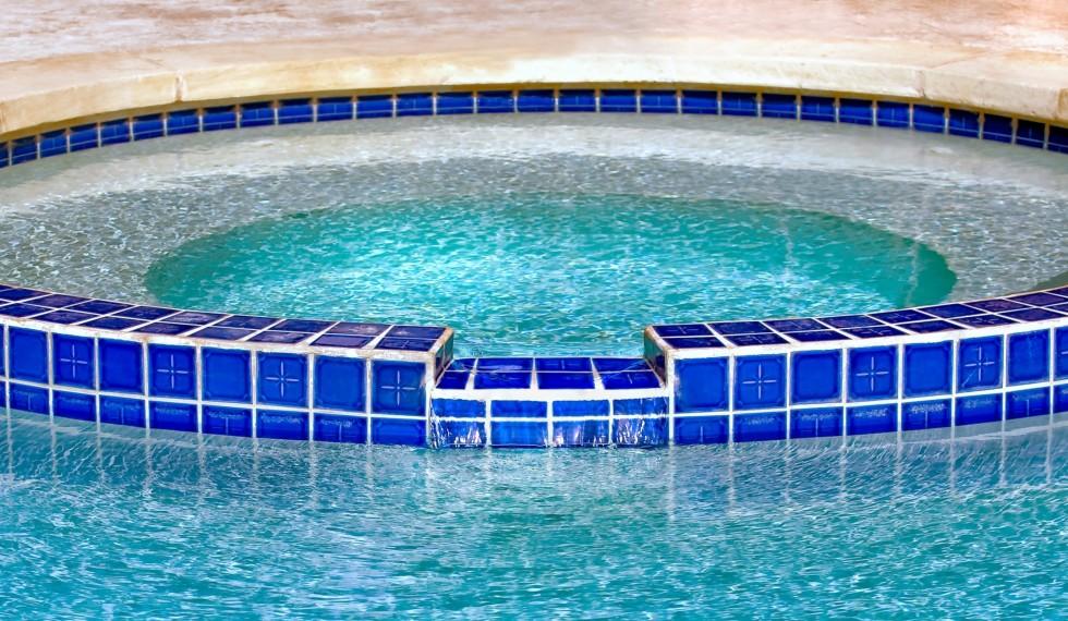 vasca-idro-mattoncini-blu